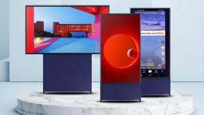 Samsung The Sero ist mit senkrechtem Bildschirm ideal für Tiktok-Videos©iStock.com/RakicN