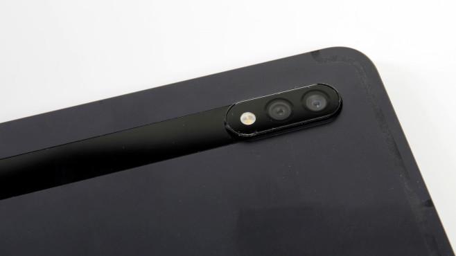 Nahaufnahme der Kamera des Samsung Galaxy Tab S7+©COMPUTER BILD
