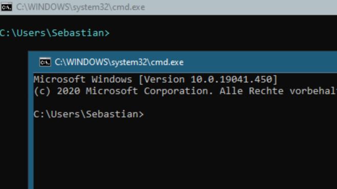 Windows 7/8/10: Was ist ein Parameter am PC? Die besten Tipps für CMD & Co. Oben sehen Sie eine Vorab-Konfiguration der cmd.exe, unten letztere in blanko.©COMPUTER BILD