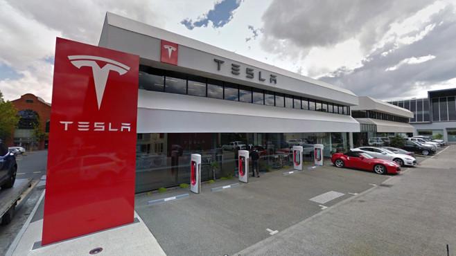 Tesla©Tesla
