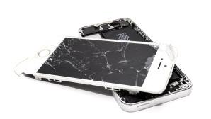 iPhone mit kaputtem Display©pexels.com