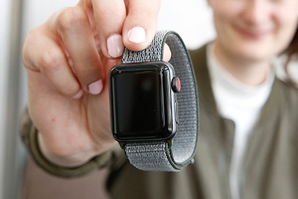 Watch Series 3 GPS + Cellular