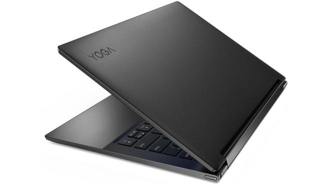 Lenovo Yoga Slim i9 vor weißem Hintergrund©Lenovo