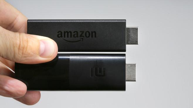 Mi TV Stick im Test: Kein Fire-Abend! Beim Mi TV Stick ist der HDMI-Stecker zwei Millimeter kürzer als normal. Zusammen mit dem etwas dicken Gehäuse kann es passieren, dass er am Fernseher keinen Kontakt findet.©COMPUTER BILD