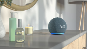 Amazon Echo Dot mit Uhr © Amazon