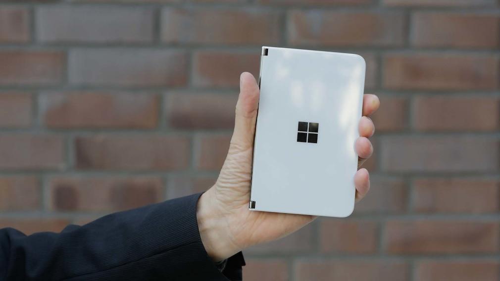 Surface Duo im Test: Microsofts gewagter Neustart mit Android und Dual-Display