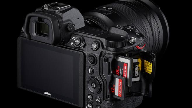 Nikon Z6 II Kartensteckplätze©Nikon