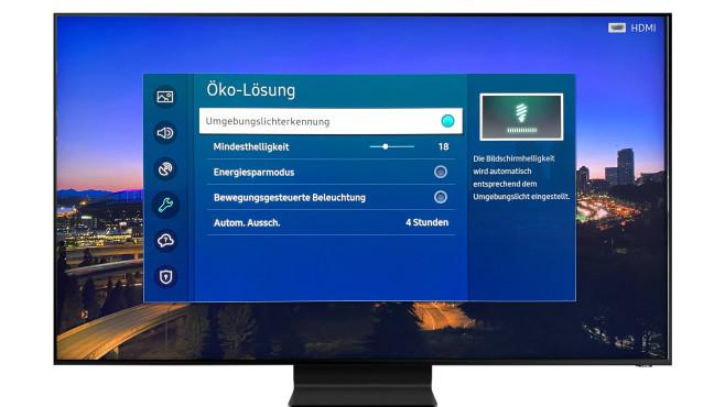 Die Umgebungslichterkennung regelt subtil die Bildhelligkeit – besser als der KI-Modus.©Samsung, COMPUTER BILD
