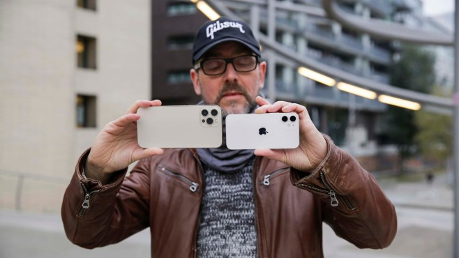 iPhone 12 Pro Max vs. 12 Mini©COMPUTER BILD