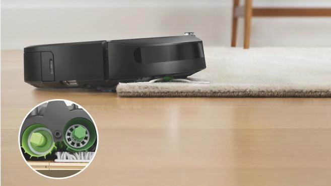Sensoren an der Unterseits des iRobot Roomba i7©iRobot