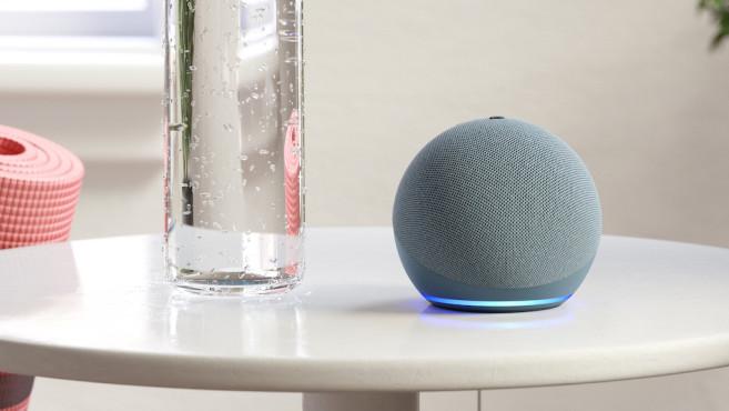 Amazon Echo Dot auf dem Tisch©Amazon