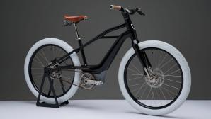 Serial 1©Serial 1 Cycle Company