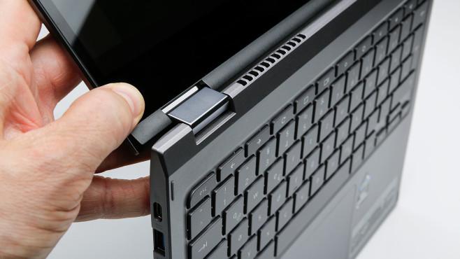 Die Scharniere des Acer Chromebook Spin 713 in der Detailaufnahme©COMPUTER BILD