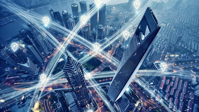 Grafik einer digital vernetzten Stadt©istock/Easyturn