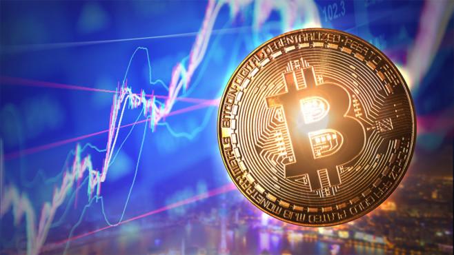 Bitcoin-Kurs steigt©istock/honglouwawa, istock/Teka77