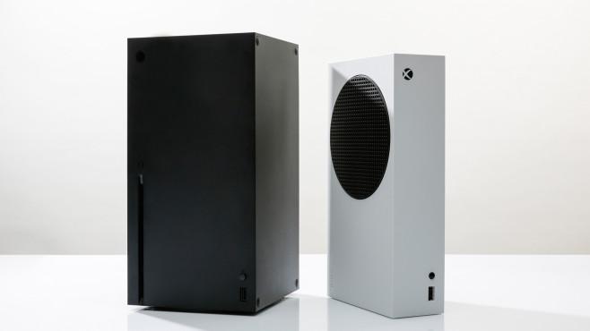 Die Xbox Series X neben der Xbox Series S©COMPUTER BILD
