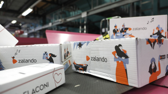 Zalando-Aktie: Neuer Kursschub durch DAX-Aufstieg? Die Zalando-Aktie hat von der Corona-Pandemie profitiert. Welche Perspektive aber hat das Unternehmen für die Zeit danach?©Michele Tantussi / Getty Images