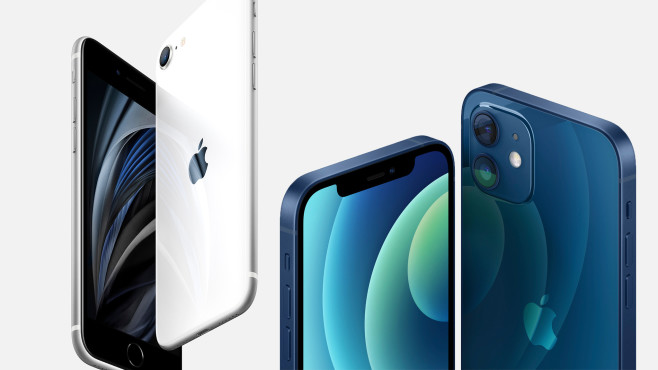 Apple iPhone 12 mini und iPhone SE (2020) © COMPUTER BILD
