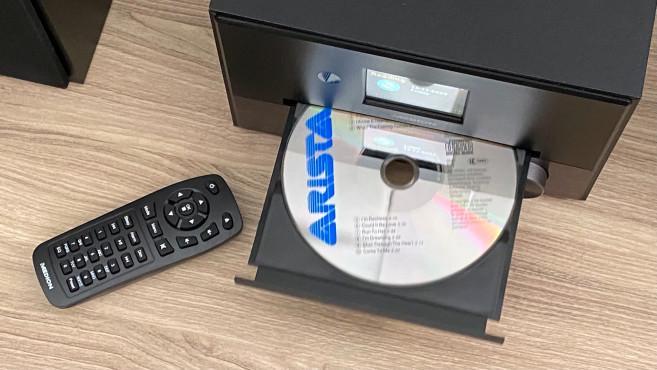 Medion E64014: Aldi bringt Stereo-Anlage mit DAB+ zum Kampfpreis In der Medion E64014 ist auch ein CD-Spieler eingebaut.©COMPUTER BILD