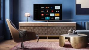 Loewe Bild V.65 im Test: Der mitgelieferte Fire-TV-Stick gibt sich im Auswahl-Menü zwischen favorisierten TV-Programmen zu erkennen.©Loewe, COMPUTER BILD