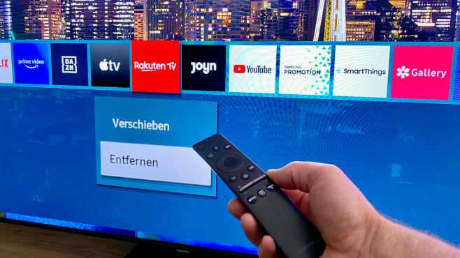 Die kleine Fernbedienung vom Samsung Q90T liegt hervorragend in der Hand.©COMPUTER BILD
