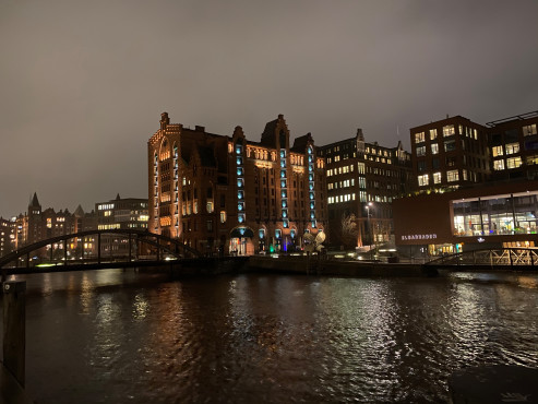 Nachtaufnahme Apple iPhone 11©COMPUTER BILD / Michael Huch