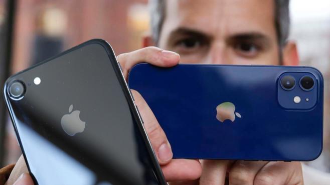 Apple iPhone 7 vs. iPhone 12©COMPUTER BILD