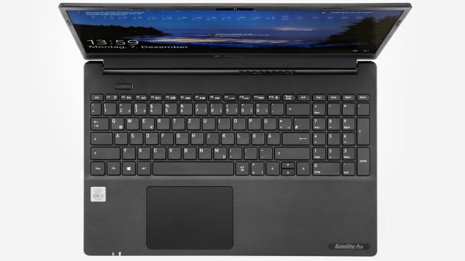 Detail-Aufnahme der Tastatur des Dynabook Satellite Pro L50-G-182.©COMPUTER BILD, Cornelius Braun