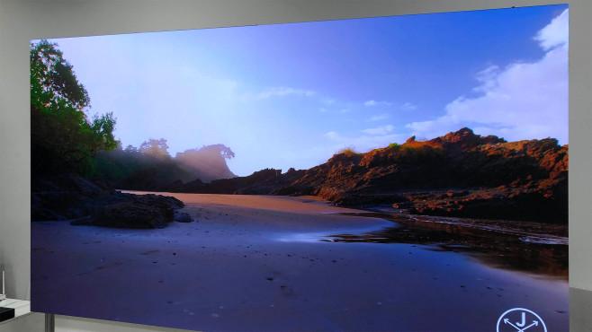 Samsung Micro-LED-Fernseher: Das Bild setzt sich aus winzigen LEDs zusammen©COMPUTER BILD