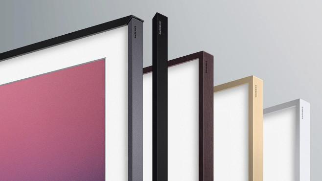 Gegen Aufpreis bietet Samsung Wechselrahmen aus Holz und Metall an.©Samsung