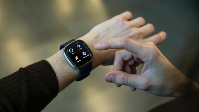 Fitbit Versa 3 Apps©COMPUTER BILD