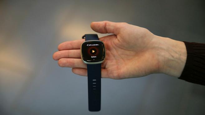 Fitbit Versa 3 GPS©COMPUTER BILD