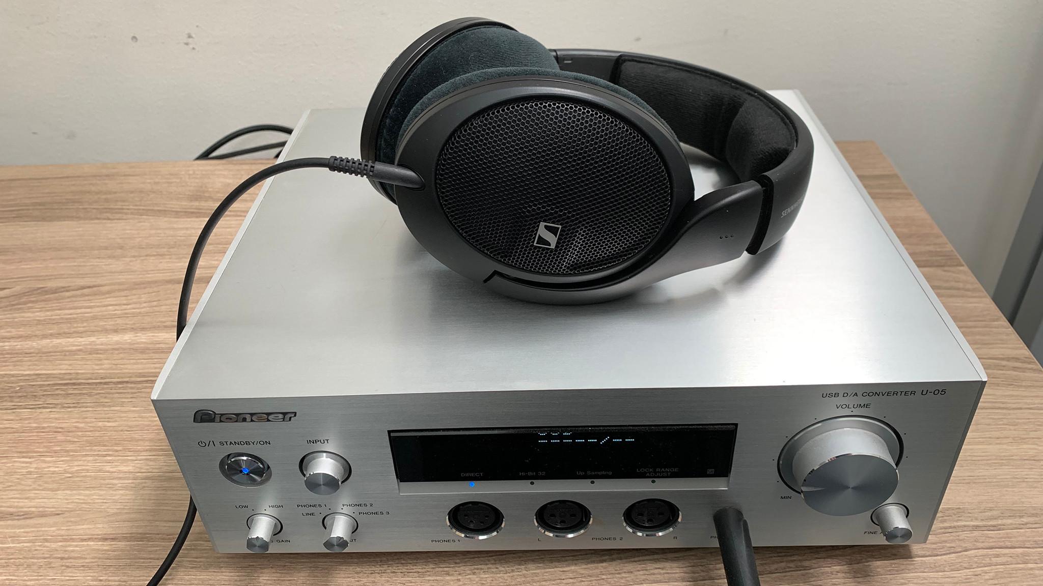 Sennheiser HD 560S im Test©Sennheiser, Pioneer, COMPUTER BILD