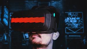 Mann trägt VR-Brille©pexels.com
