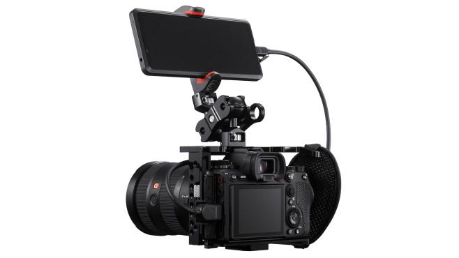 Sony Alpha 1 mit Xperia Smartphone©Sony