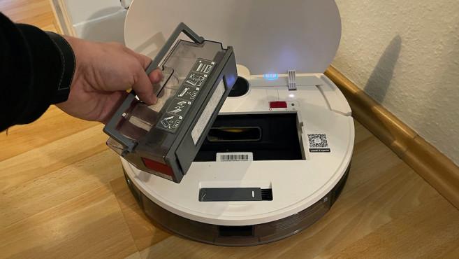 Yeedi 2 Hybrid, geöffnet und mit Staubbox©Yeedi, COMPUTERBILD