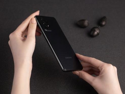 Galaxy A72 schwarz©Samsung