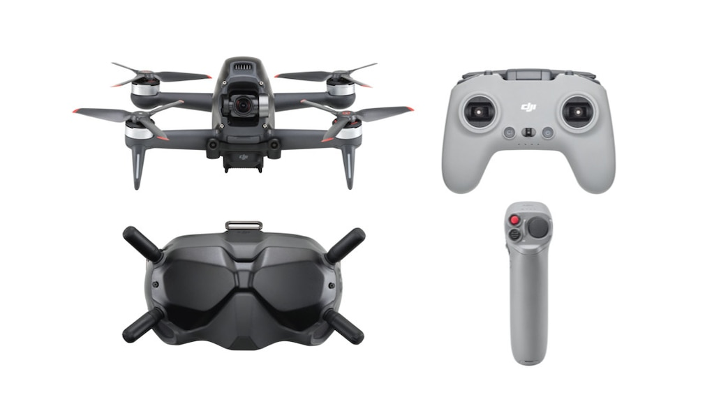 Lieferumfang: Drohne, Remote Controller, Googles-Brille, Motion Controller