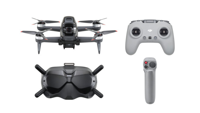 Lieferumfang: Drohne, Remote Controller, Googles-Brille, Motion Controller©DJI