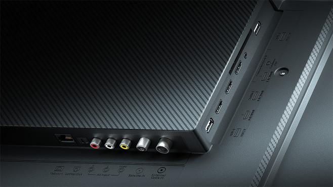 Mi TV Q1 im Test: Xiaomi bläst zum Groß-Angriff! Die drei HDMI-Eingänge akzeptieren 120 Hertz nur mit reduzierter Auflösung. Gut: Es gibt auch einen AV-Eingang und einen Kopfhörerausgang. Der ist jedoch nur schwer erreichbar, wenn ein CI-Modul eingesteckt ist.©Xiaomi