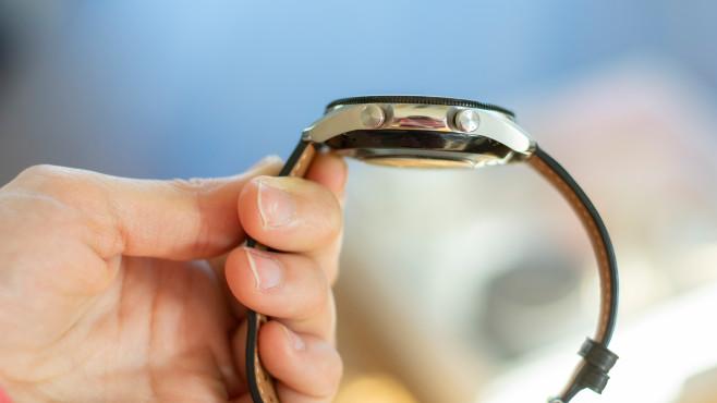 Samsung Galaxy Watch 3 seitlich©COMPUTER BILD