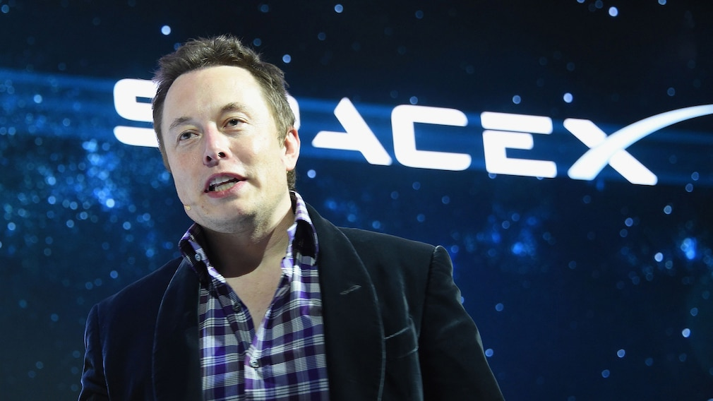 Tesla Satelliten 2021