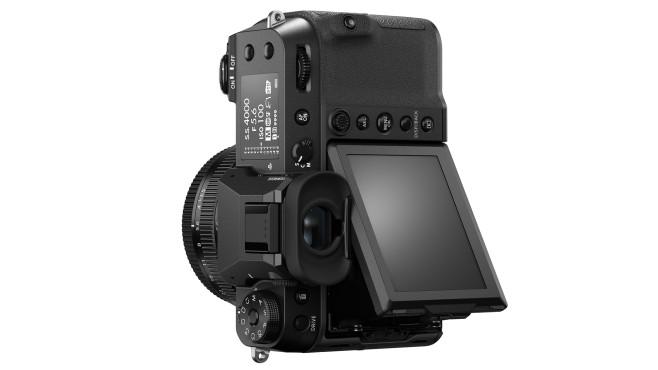 Fujifilm GFX100S Klapp-Display auch im Hochformat©Fujifilm