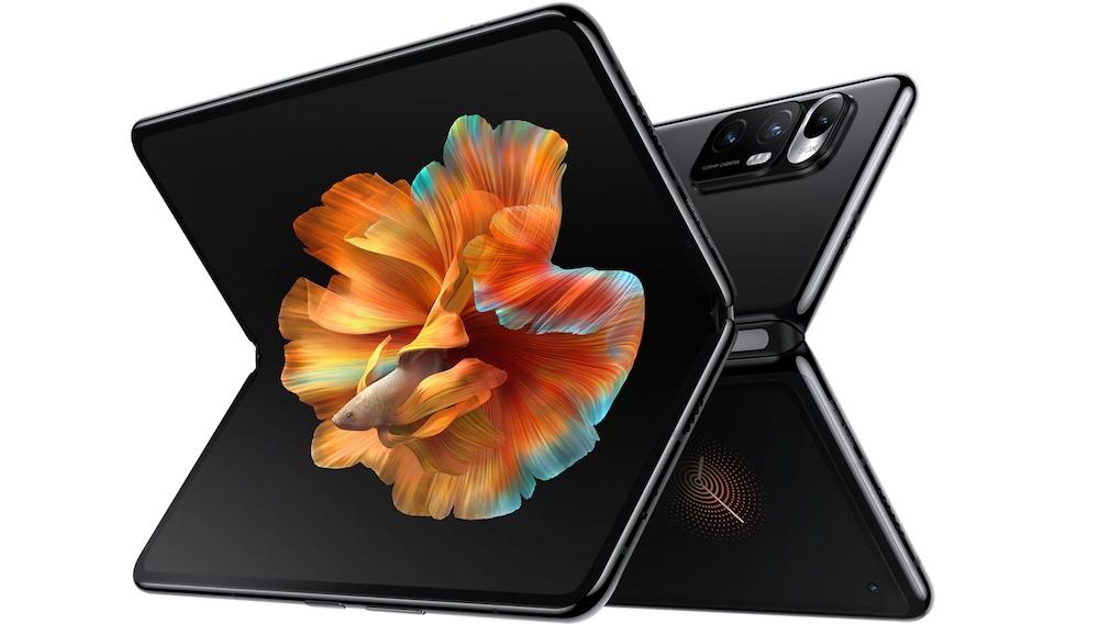 Xiaomi Mi Mix Fold vor weißem Hintergrund