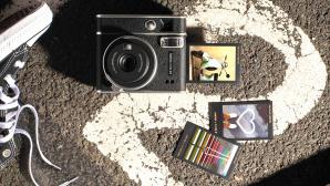 Fujifilm instax mini 40©Fujifilm