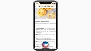Siri läuft auf einem iPhone.©Apple