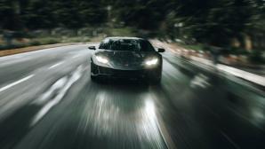 Schnell fahrender Sportwagen©Sourav Mishra, Pexels