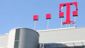 Telekom-Logo auf Dach©Deutsche Telekom