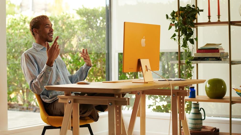 iMac 2021: Apple zeigt neuen All-in-One mit M1-Prozessor Der iMac 2021 ist schneller und besser für Videotelefonie ausgestattet.