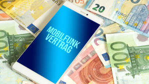 Handyvertrag mit Gerät: Diese Provider zocken Kunden ab©iStock.com/Stadtratte